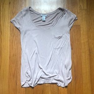 H&M T-SHIRT BARELY WORN